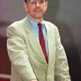 Alfredo Valladao
